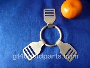GT40 Spare wheel retainer r